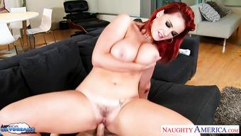 Секс с шикарной рыженькой девушкой